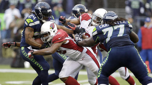 Arizona scores late to stun Seattle 17-10
