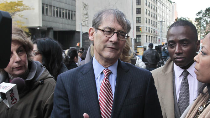 Robert Gottlieb, center, lawyer for the family of Pedro Hernandez, who is charged with 1979 killing of Etan Patz, speaks during a news conference outside court on Thursday, Nov. 15, 2012 in New York.   Hernandez was in court for a brief proceeding and ordered held without bail until his next court date set for Dec. 12.  (AP Photo/Bebeto Matthews)
