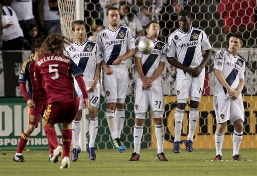 Real Salt Lake ruins Galaxy's title celebration