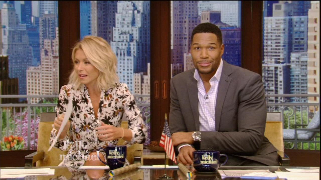 Kelly Ripa is in Peak DGAF Mode