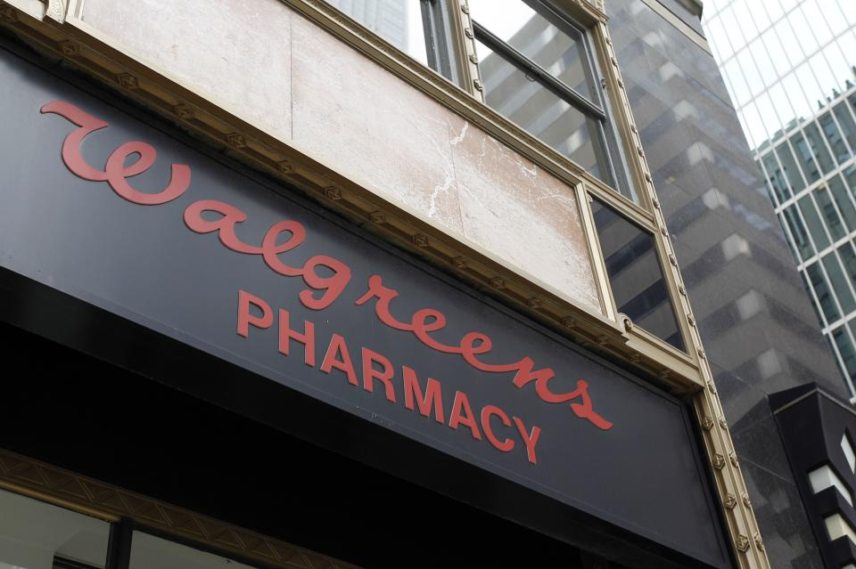 Walgreen 4Q profit falls 55 pct, tops forecasts