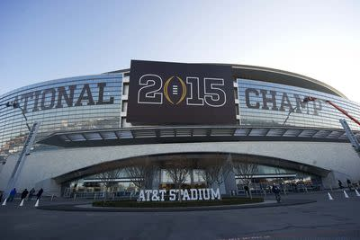 9 cities bid on College Football Playoff title game