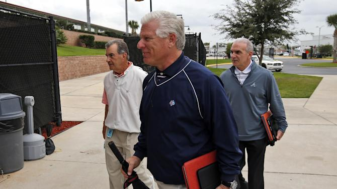 MLB managers get to try out replay in spring