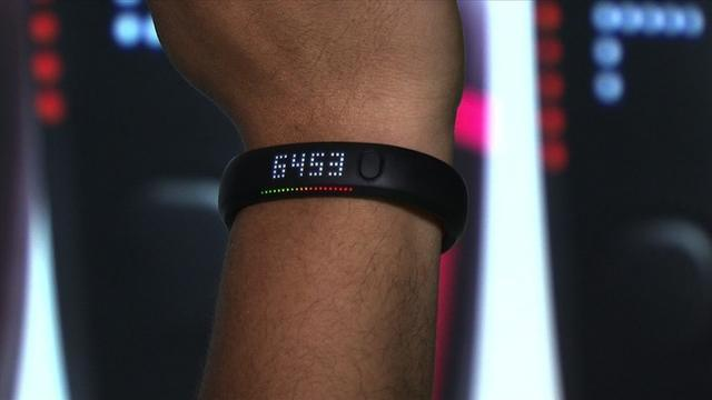 Nike Fuelband SE jumps into crowded fitness gadget market