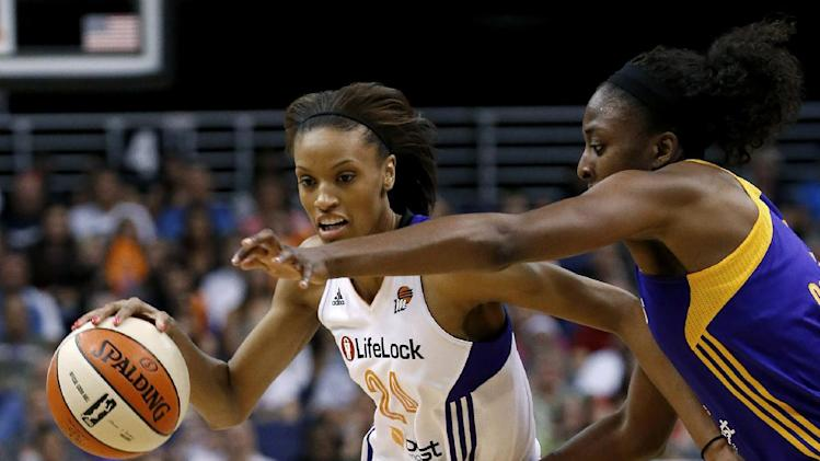 Mercury pull away for 97-81 win over Sparks