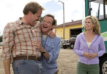 Jeff Daniels , Robin Williams and Cheryl Hines in Columbia's R.V.