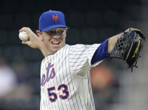 Hefner homers in 1st MLB win, Mets beat Phillies