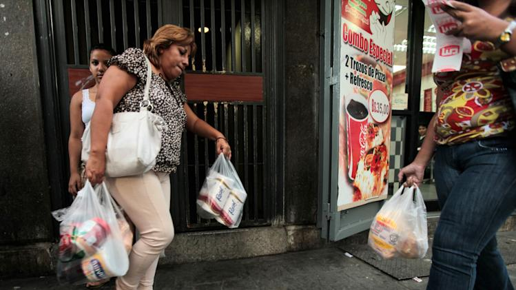 Food rationing to begin in big Venezuelan state