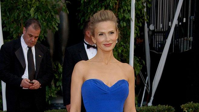 Kyra Sedgwick arrives at the 14th Annual Screen Actors Guild Awards at the Shrine Auditorium on January 27, 2008 in Los Angeles, California.