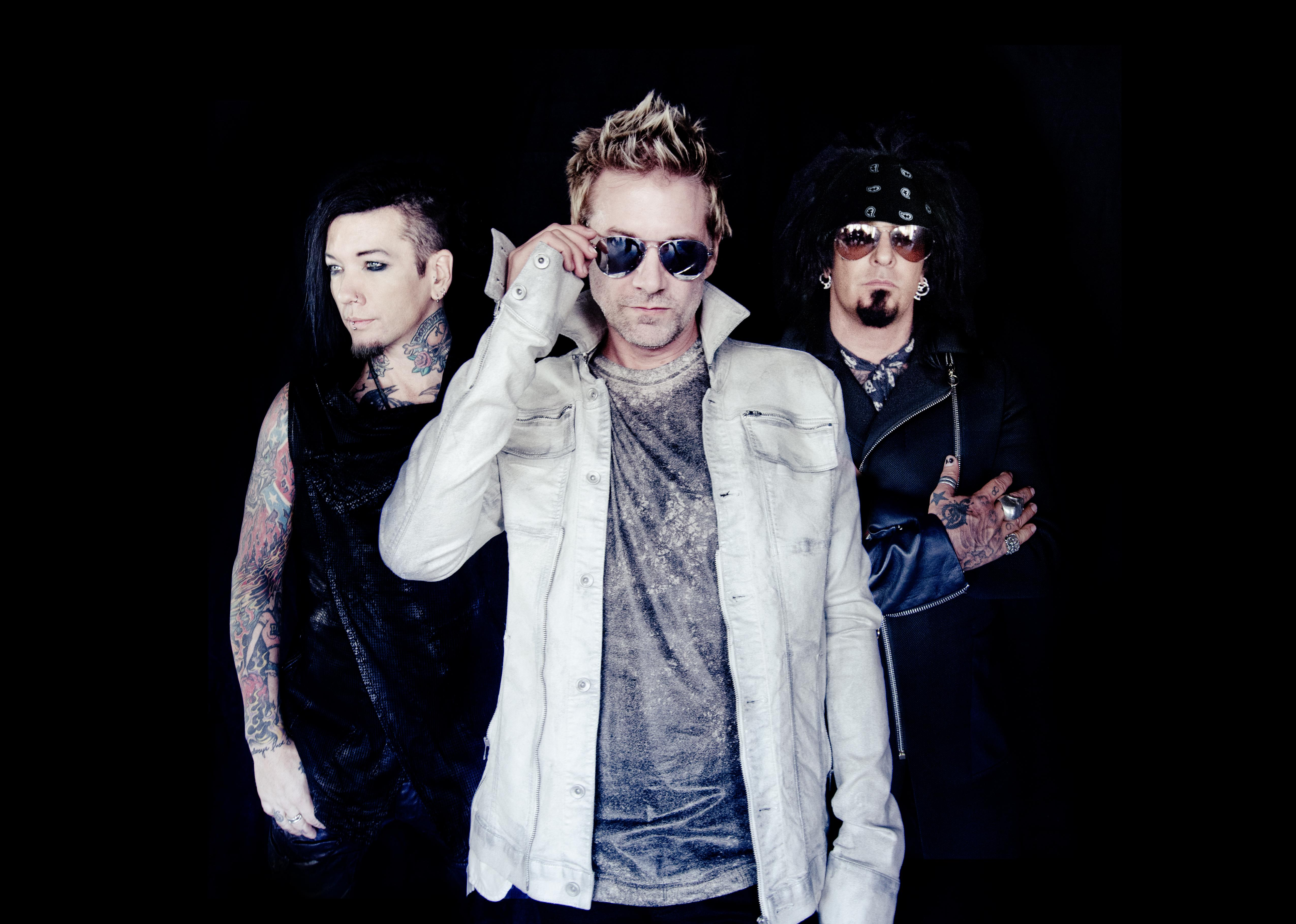 Sixx:A.M. featuring Apocalyptica LIVE Concert