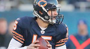 Bears sign QB McCown