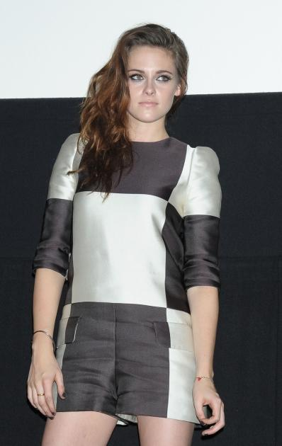 Kristen Stewart promotes 'The Twilight Saga: Breaking Dawn Part 2' at Shinjuku Piccadilly Theater, Tokyo, on October 24, 2012 -- Getty Images