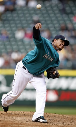 Mariners get best of Darvish, beat Texas 6-1
