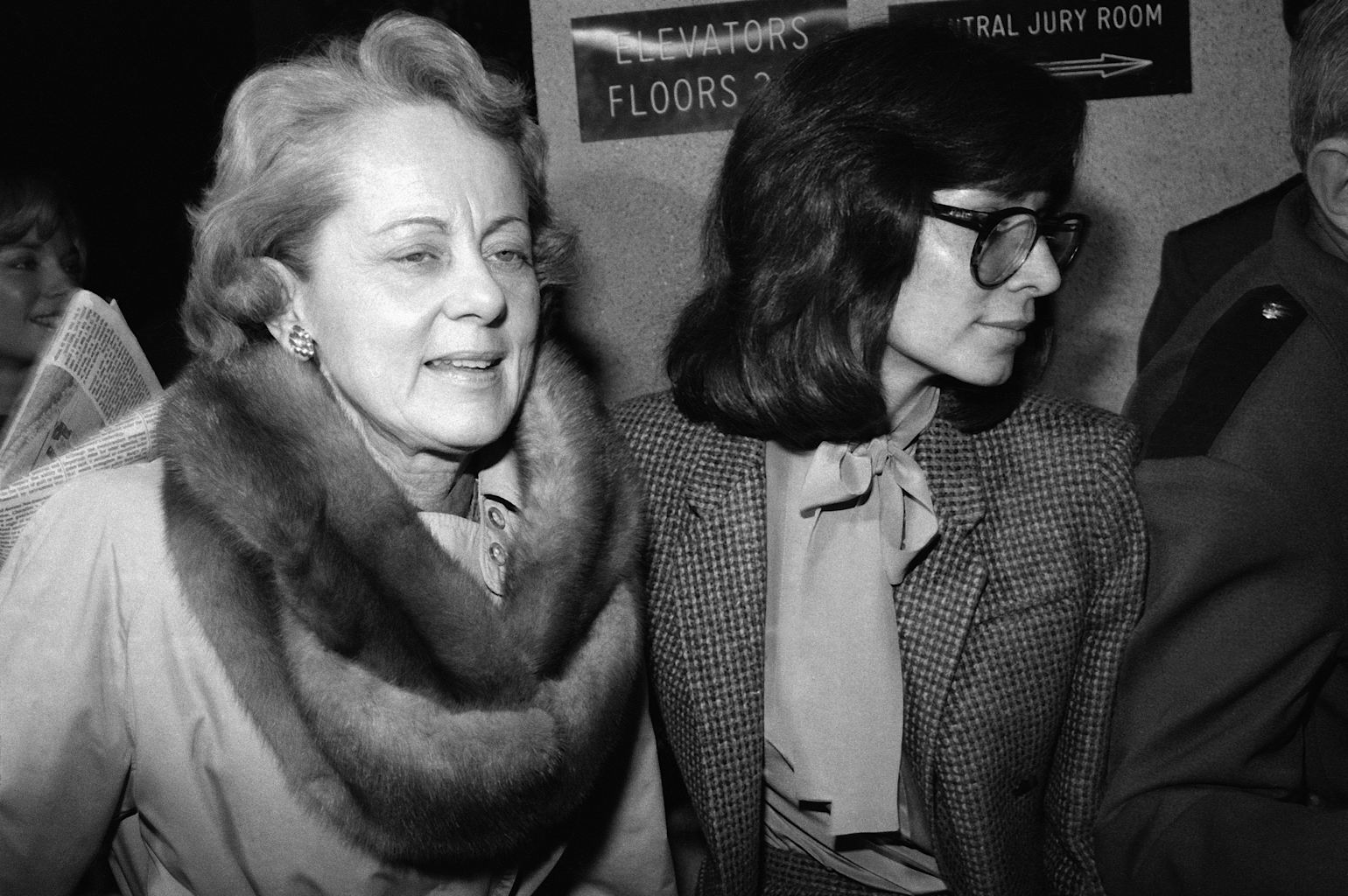 "Jean Harris, left, arrives at court in White Plains, New York Monday, Feb. 9, 1981. Harris, the patrician girls' school headmistress who spent 12 years in prison for the 1980 killing of her longtime lover, ""Scarsdale Diet"" doctor Herman Tarnower, in a case that rallied feminists and inspired television movies, died Sunday, Dec. 23, 2012, in New Haven, Conn. She was 89"