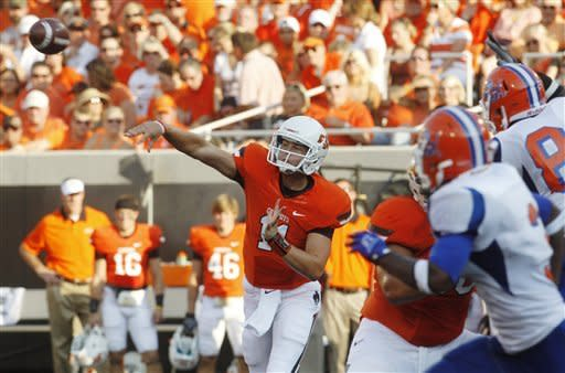 No. 19 Oklahoma State wins opener in 84-0 rout