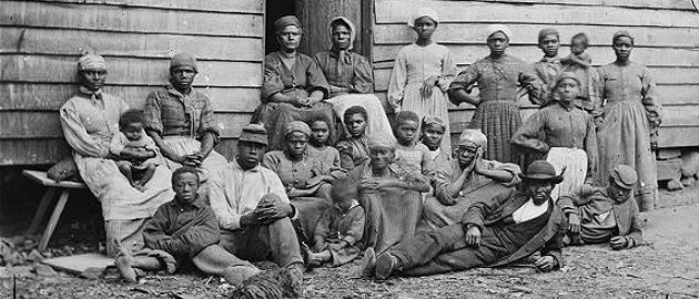 Slaves in Virginia in 1862. Photo: Library of Congress