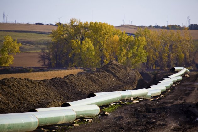 The Keystone Oil Pipeline is pictured under construction in North Dakota in this undated photograph. The U.S. State Department issued a long-awaited draft environmental assessment of the Keystone XL pipeline project that would link Canada's oil sands to refineries in Texas, March 1, 2013.  REUTERS/TransCanada Corporation/Handout (UNITED STATES - Tags: ENERGY POLITICS ENVIRONMENT) FOR EDITORIAL USE ONLY. NOT FOR SALE FOR MARKETING OR ADVERTISING CAMPAIGNS. THIS IMAGE HAS BEEN SUPPLIED BY A THIRD PARTY. IT IS DISTRIBUTED, EXACTLY AS RECEIVED BY REUTERS, AS A SERVICE TO CLIENTS. NO THIRD PARTY SALES. NOT FOR USE BY REUTERS THIRD PARTY DISTRIBUTORS