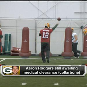 Green Bay Packers QB Aaron Rodgers practices, awaits medical clearance