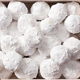Almond Snowballs = Christmas Cookie Perfection
