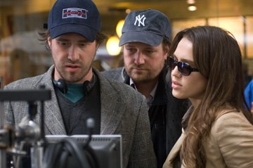 Directors Xavier Palud and David Moreau  with Jessica Alba on the set of Lionsgate Films' The Eye