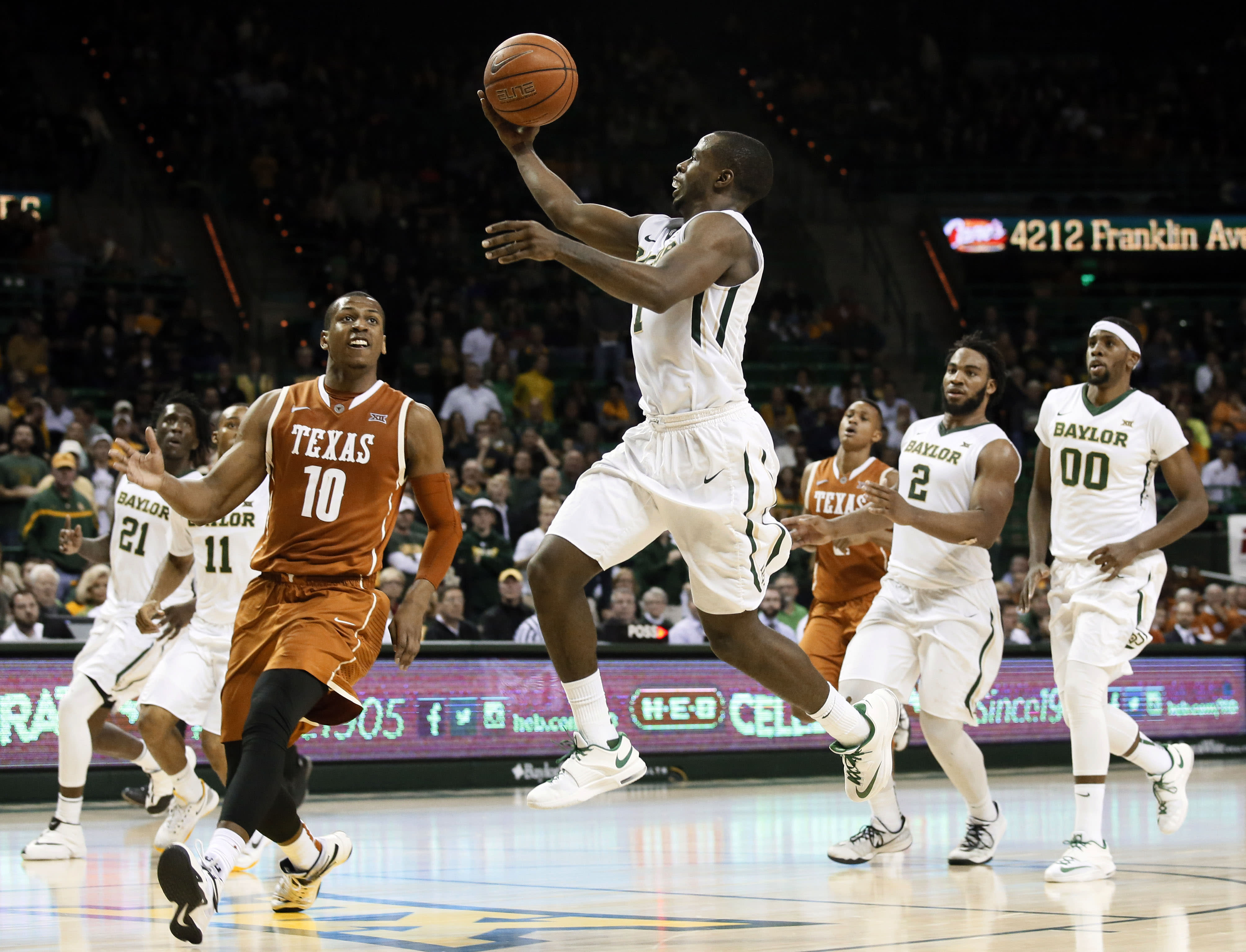 Chery lifts No. 20 Baylor to rout of No. 19 Texas 83-60