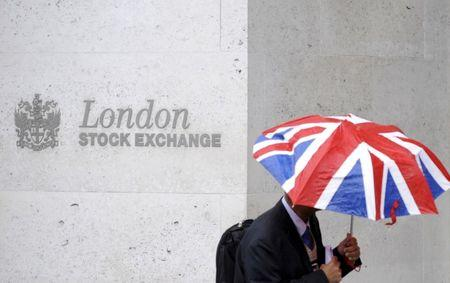 Investors turn wary as Brexit, Trump uncertainty grows