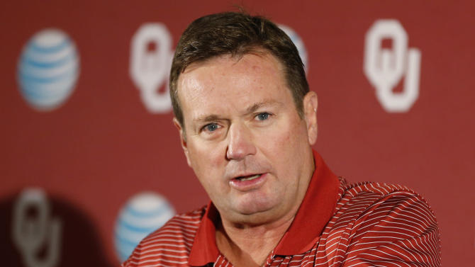 Oklahoma coach Stoops takes nothing for granted