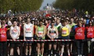 London Marathon: Tributes To Boston Victims