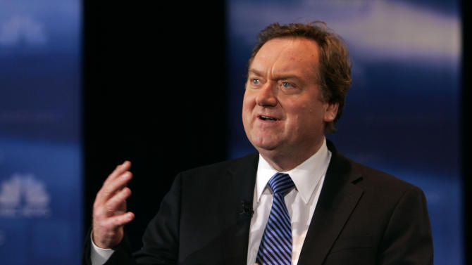 "FILE - In this Feb. 26, 2008, file photo, NBC's Tim Russert speaks to the crowd during a debate between Democratic presidential hopefuls Sen. Barack Obama, D-Ill., and Sen. Hillary Rodham Clinton, D-N.Y., in Cleveland. An exhibit honoring the late Russert is opening, Friday, Oct. 17, 2014, in his hometown of Buffalo, N.Y. The exhibit titled ""Inside Tim Russert's Office,"" will be on display at the Buffalo History Museum. (AP Photo/Mark Duncan, File)"