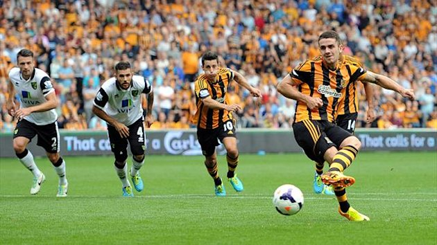 Robbie Brady of Hull City scores the opening goal from the penalty spot (Getty Images)