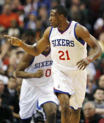 Iguodala shines in 76ers' 74-69 win over Magic