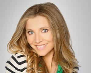 Grey's Anatomy Exclusive: Sarah Chalke Scrubs In – But Who Is She Playing?