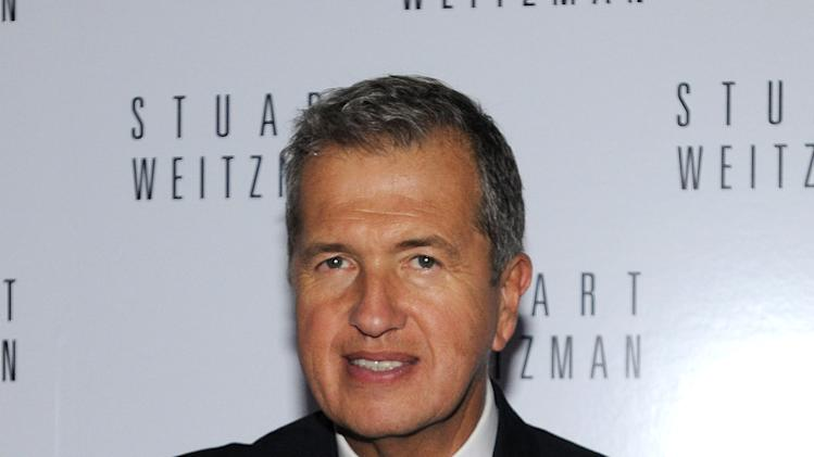 Stuart Weitzman Celebrates Mario Testino's First U.S. Photography Exhibits