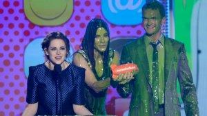 'Hunger Games,' Kristen Stewart Win Kids' Choice Awards
