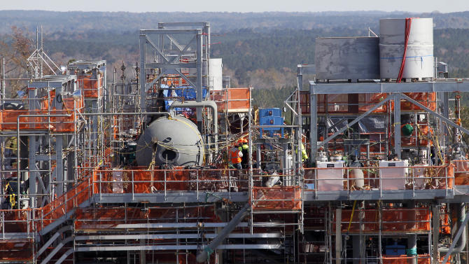 Southern Co. faces risks on Miss. power plant