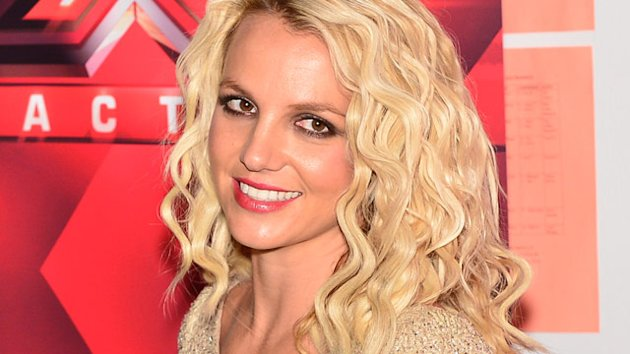 Britney Bests Taylor Swift in 2012 (ABC News)