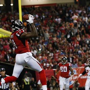 Atlanta Falcons wide receiver Julio Jones 8-yard touchdown reception