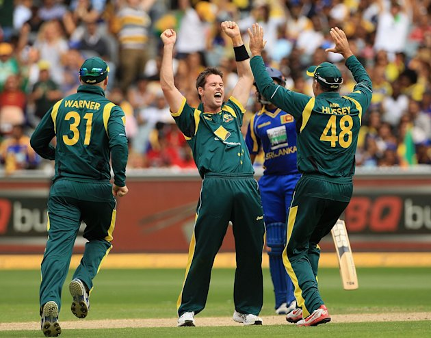 Australia v Sri Lanka - Tri-Series Game 12