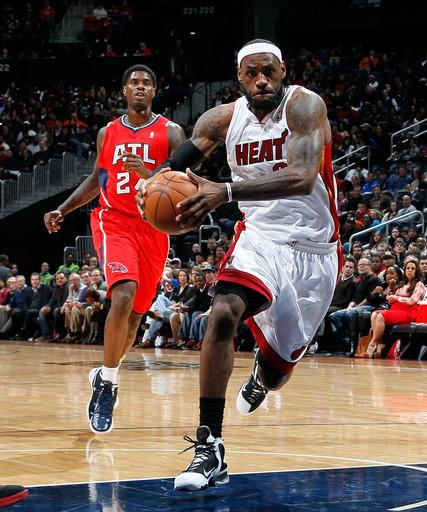 Miami's Big 3 leads Heat to 107-87 rout of Hawks