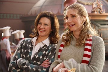 Wendy Crewson and Elizabeth Mitchell in Disney's The Santa Clause 3: The Escape Clause