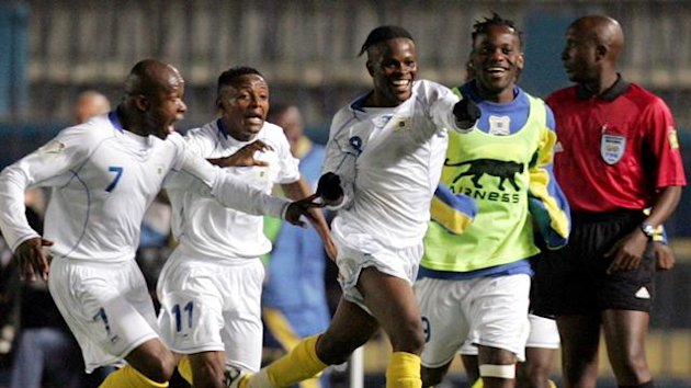 Democratic Republic of Congo's Tresor Mputu (C) celebrates with team mates after scoring against Togo