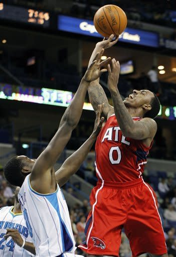 Teague scores 24 to lead Hawks past Hornets 94-72
