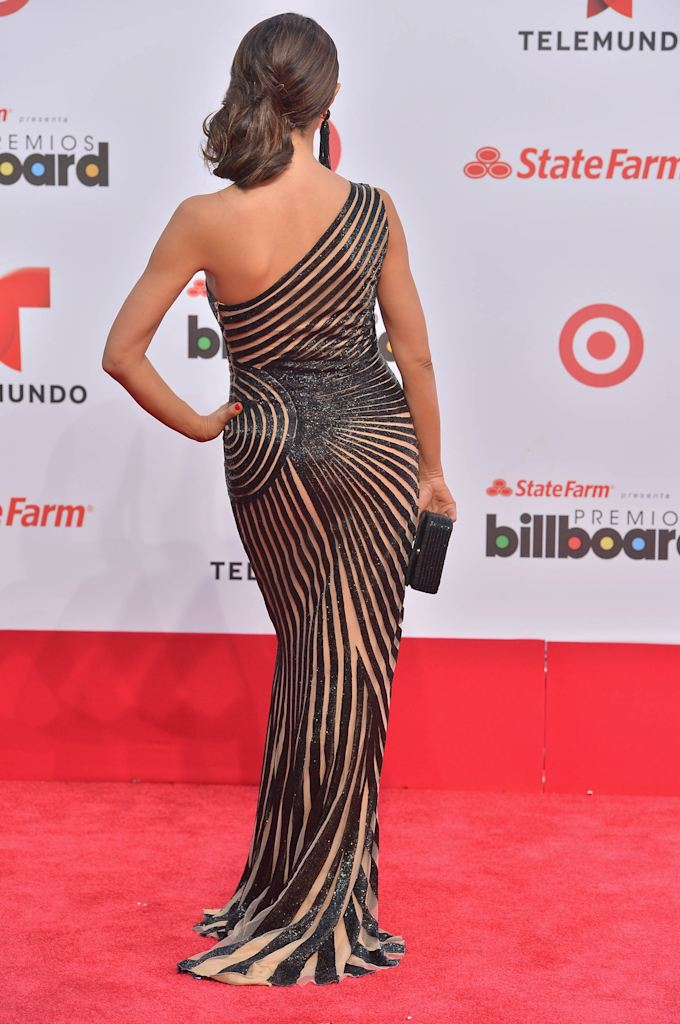 http://l1.yimg.com/bt/api/res/1.2/HZkoMf_PeIPi00pcbWNL7w--/YXBwaWQ9eW5ld3M7Zmk9aW5zZXQ7aD0xMDI0O3E9Nzk7dz02ODA-/http://media.zenfs.com/en_us/News/gettyimages.com/2013-billboard-latin-music-awards-20130425-201741-251.jpg