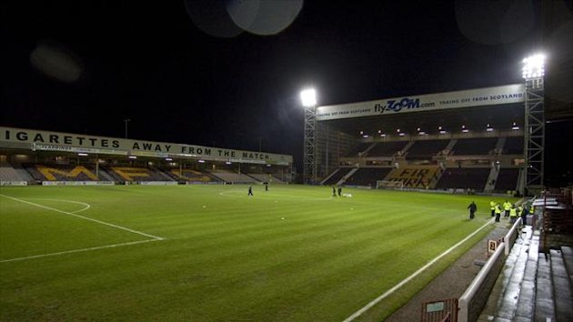 Motherwell will hold a pitch inspection ahead of the clash with Dundee United