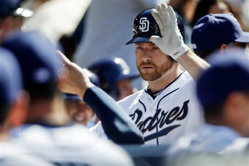 Headley drives in 3 to help Padres top Dodgers 4-2