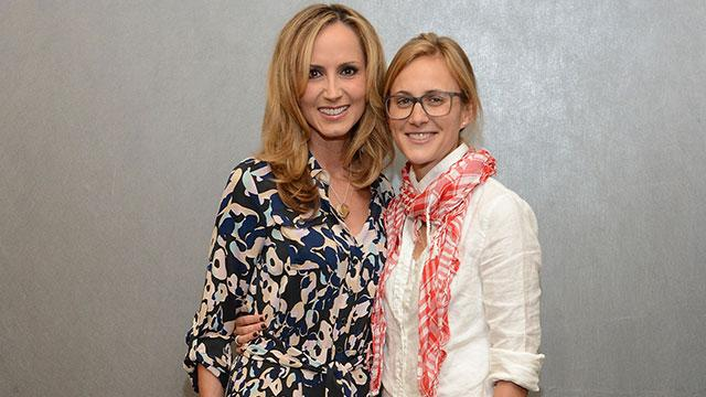 Chely Wright Gives Birth to Twins