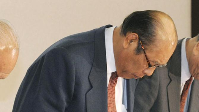 Japan Sumo Association Chairman Hanaregoma bows as he expresses his regret during a news conference in Tokyo Sunday, Feb. 6, 2011. The JSA called off its March tournament Sunday, the first cancellation in 65 years, as the country's ancient sport grapples with a match-fixing scandal. (AP Photo/Kyodo News, Hiroko Harima)  JAPAN OUT, MANDATORY CREDIT, FOR COMMERCIAL USE ONLY IN NORTH AMERICA