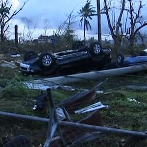 Massive typhoon reduces Philippine neighborhoods to rubble