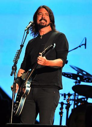 Dave Grohl Drumming on New Queens of the Stone Age Album