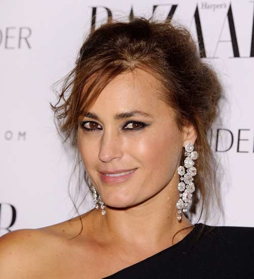 Supermodel Yasmin le Bon Shows Us What&#x002019;s in Her Makeup Bag